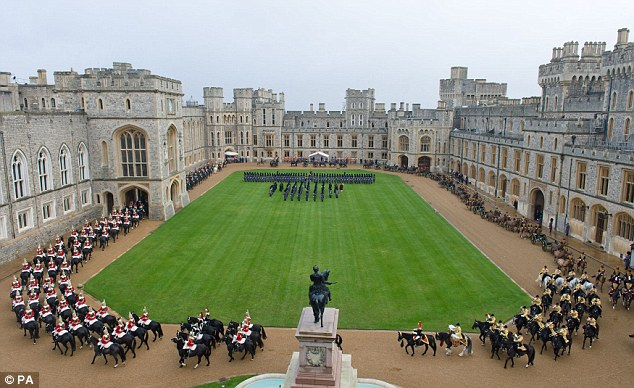 Windsor Castle Ruffles Feathers By Using Duvets Instead Of