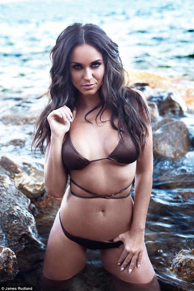 Flat Boots Girl Wallpaper Geordie Shore S Vicky Pattison Flaunts Her Toned Curves In