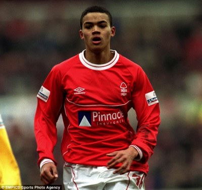 Jermaine Jenas retires from football at the age of 32 after being beaten by knee injury | Daily ...