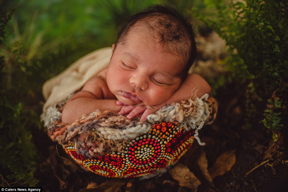 Bobbi Lee Hille39s Photos Of Aboriginal Newborns And