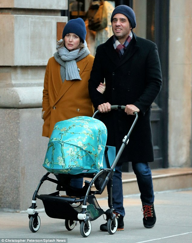 Baby Stroller Online Australia Rose Byrne And Bobby Cannavale Take Son Rocco Out In New