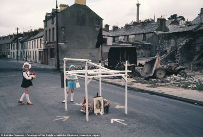 Foreign photographers offer view of scenes of British life ...