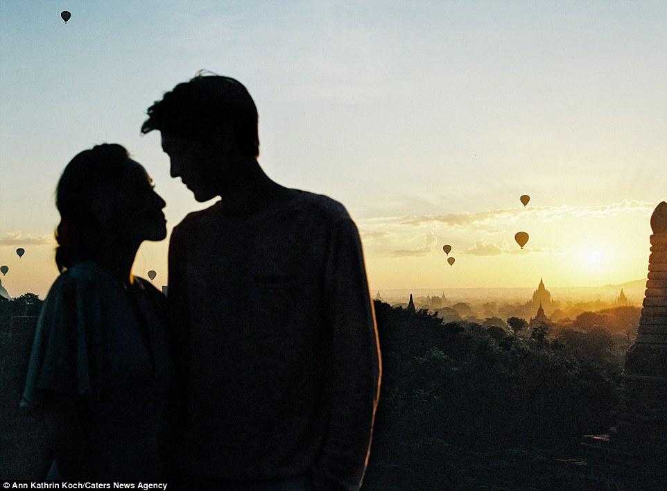 Cute Girl And Boy Hug Wallpaper Junebug Weddings Reveals The Most Breathtaking Engagement