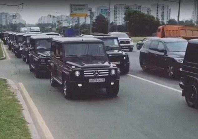 Black Car Lights Wallpaper Russian Spies Risk Putin After Fsb Spook Graduates Filmed