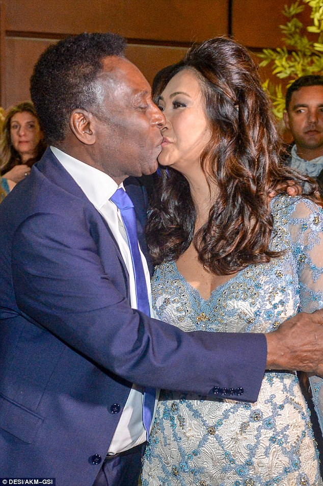 You may now kiss the bride: Pele appeared deeply in love with his new bride as he gave her a passionate embrace