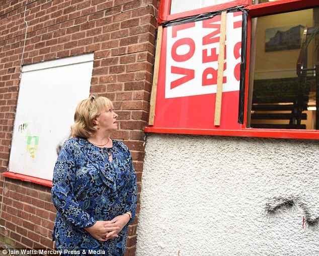 Angela Eagle\u0027s office is BRICKED hours after challenging Jeremy