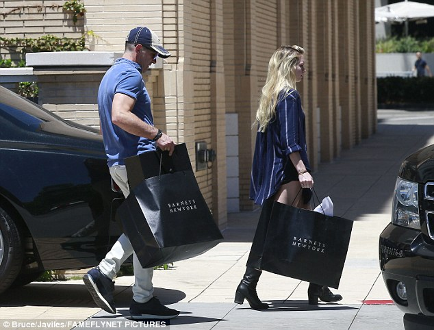 Antonio Banderas Spends The Day Shopping With Daughter