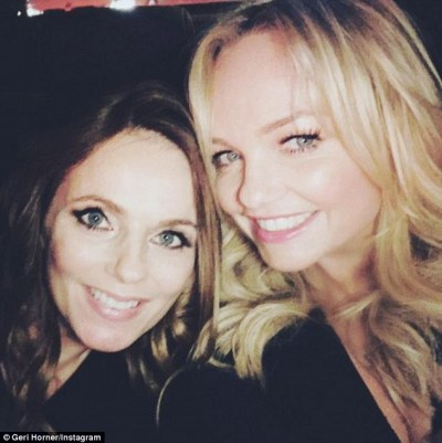 Pregnant Geri Horner caresses her blossoming bump in sweet social media snap | Daily Mail Online