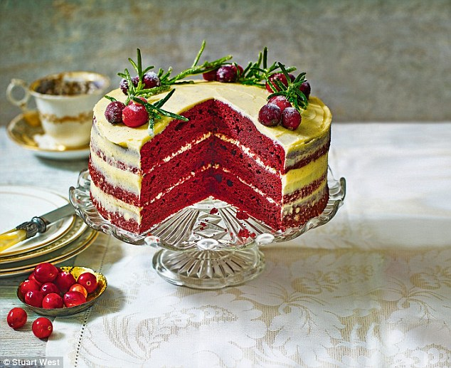 Christmas with a delicious twist Red velvet layer cake Daily - kuchen design de rosso velve kollektion
