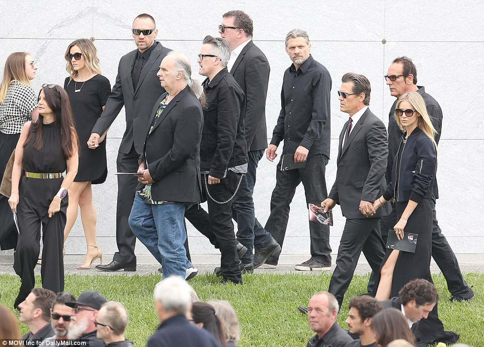Rock Royalty Attend Funeral For Chris Cornell Daily Mail