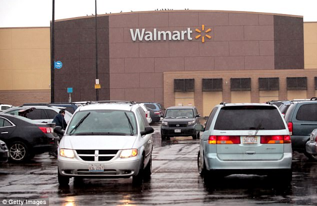 Wal-Mart\u0027s Sam\u0027s Club to shut some stores after review Daily Mail