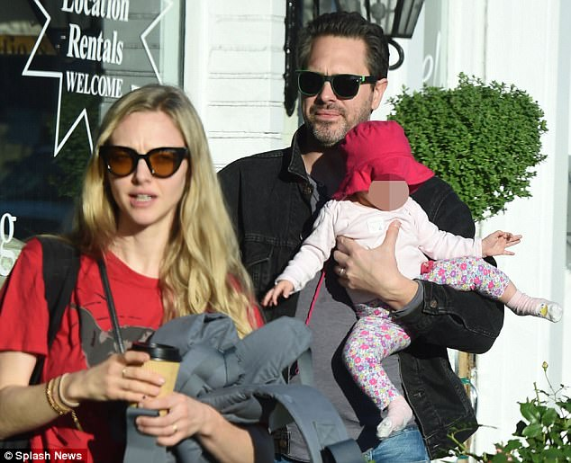 Amanda Seyfried Is In La With Her Newly Formed Family