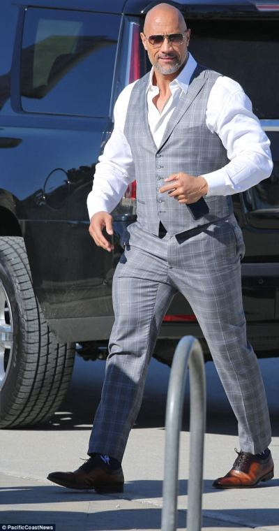 The Rock and Russell Brand shoot scenes for Ballers   Daily Mail Online