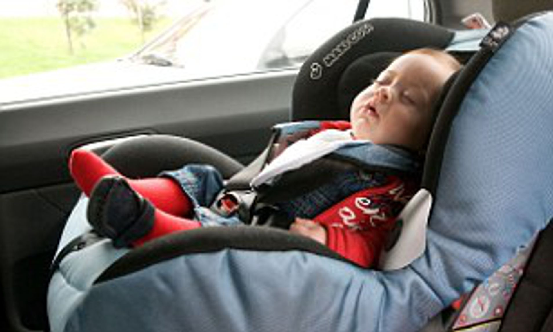 Baby Car Seat Uk One In Seven Parents Put Their Children At Risk By Placing