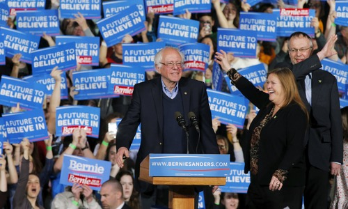US Democratic presidential candidate and US Senator Bernie Sanders is joined by his wife Jane and son Levi at his Super Tuesday rally in Burlington, Vermont March 1, 2016.—Reuters