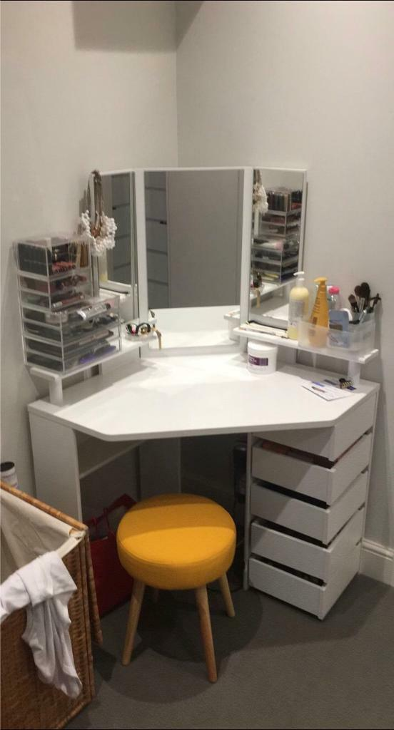 Ikea Divan White Corner Dressing Table With Large Mirror, 5 X Fold