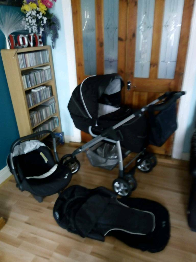 Silver Cross Linear Freeway Pushchair Silver Cross Linear Freeway Travel System With Extras In