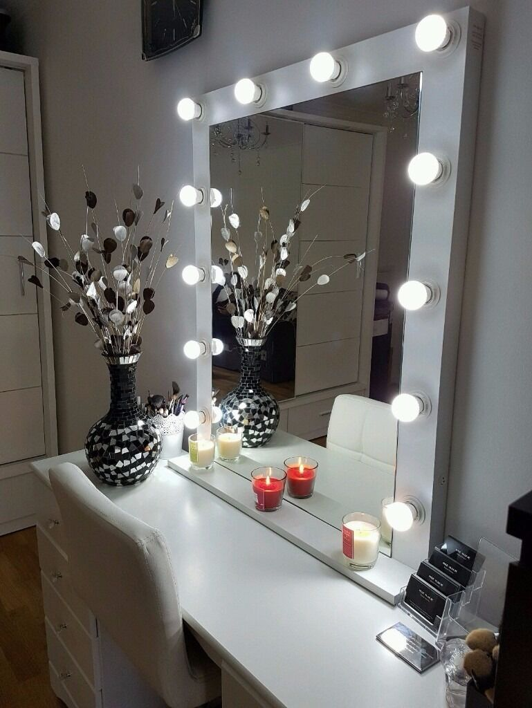 Large Mirrors Gumtree London Large White Matt Hollywood Vanity Makeup Mirror With Led