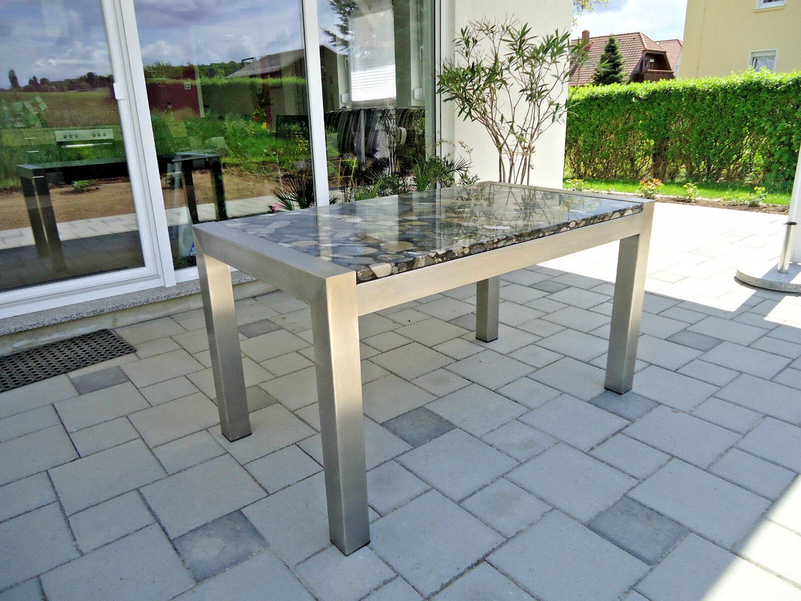 Gartentisch Rund Steinplatte Fotos Von Gartentisch Mit Steinplatte