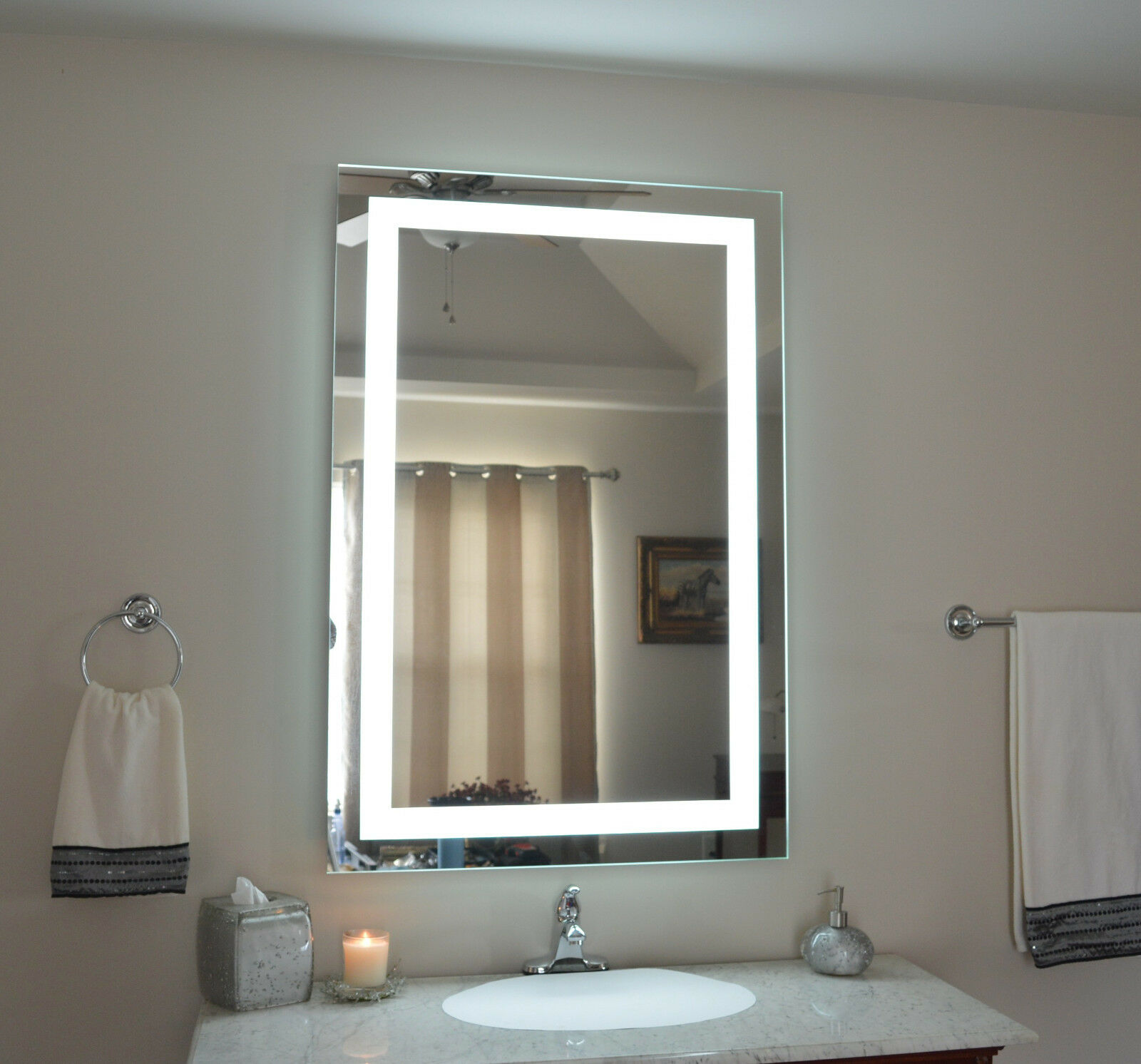 Makeup Vanities With Lighted Mirrors Mam83248 32 Quot W X 48 Quot T Lighted Vanity Mirror Wall