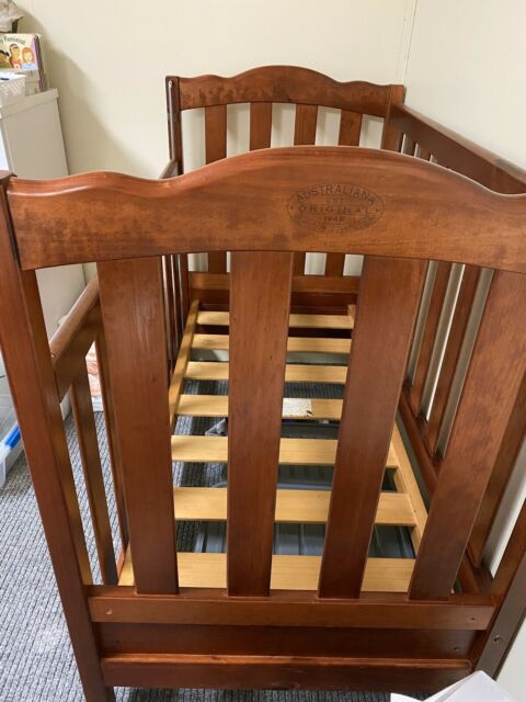 Baby Cots Gumtree Brisbane Baby Furniture Set Cot Change Table Shelving And