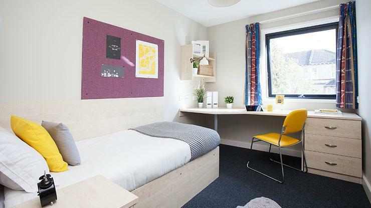 Ensuite Single Student Room Only Bath Spa In Bath