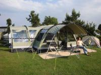 Family Tent - Outwell Bear Lake 6 - Large premium tent ...