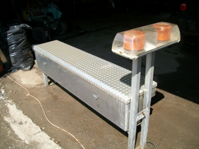 Custom Built Hd Side Mount Tool Box With Strobe Light 150 - Custom Boxes Calgary