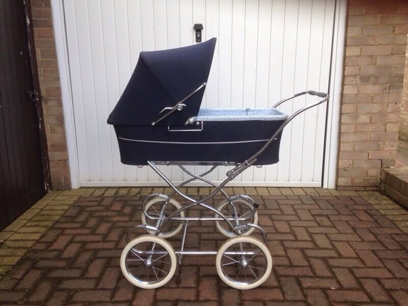 Egg Pram Boots Vintage 1980s Silver Cross Navy Pram In Coulby Newham