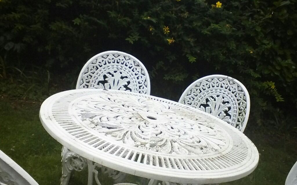 White Cast Iron Garden Table And 4 Chairs In Portsmouth