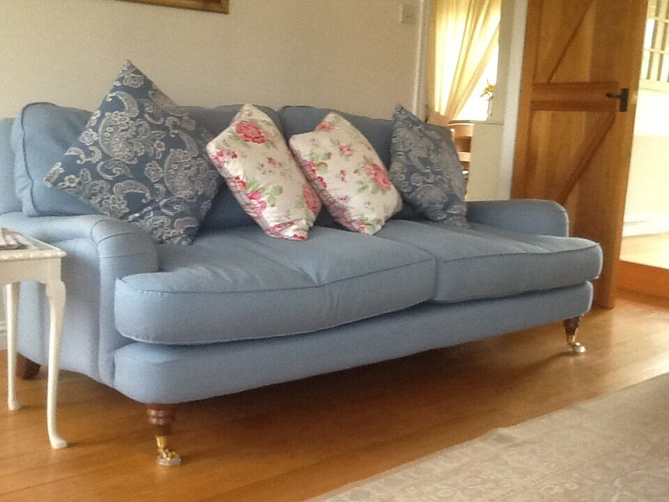 Knoll Couch Laura Ashley Hertford Sofa | In Hawick, Scottish Borders