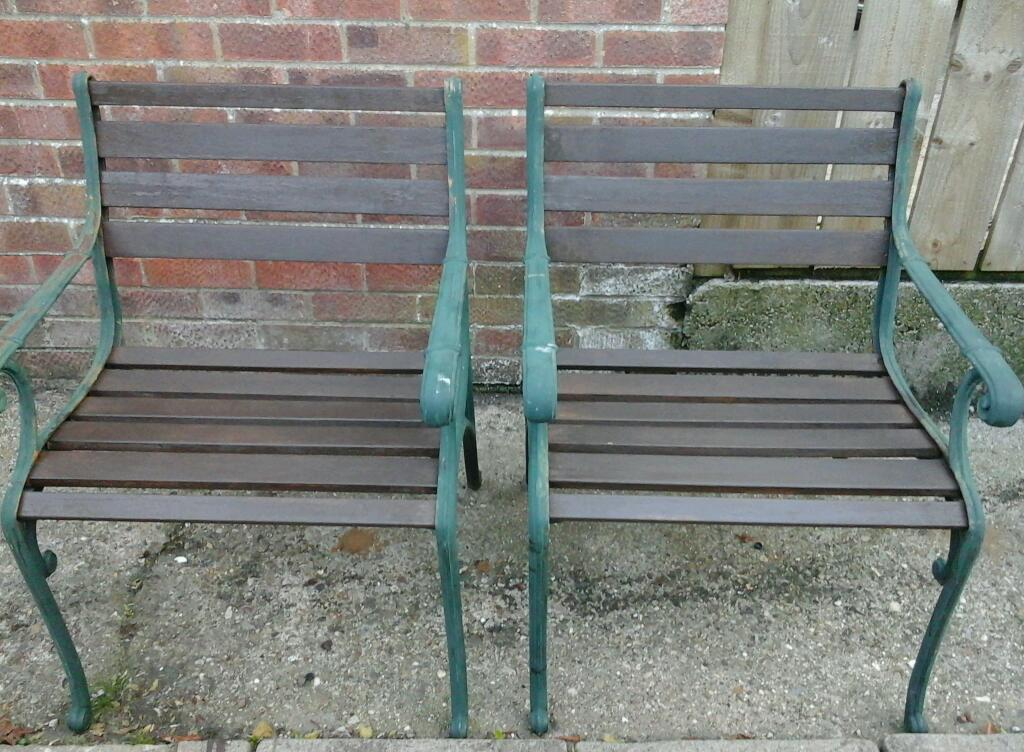 2 Cast Iron Garden Chairs In Driffield East Yorkshire