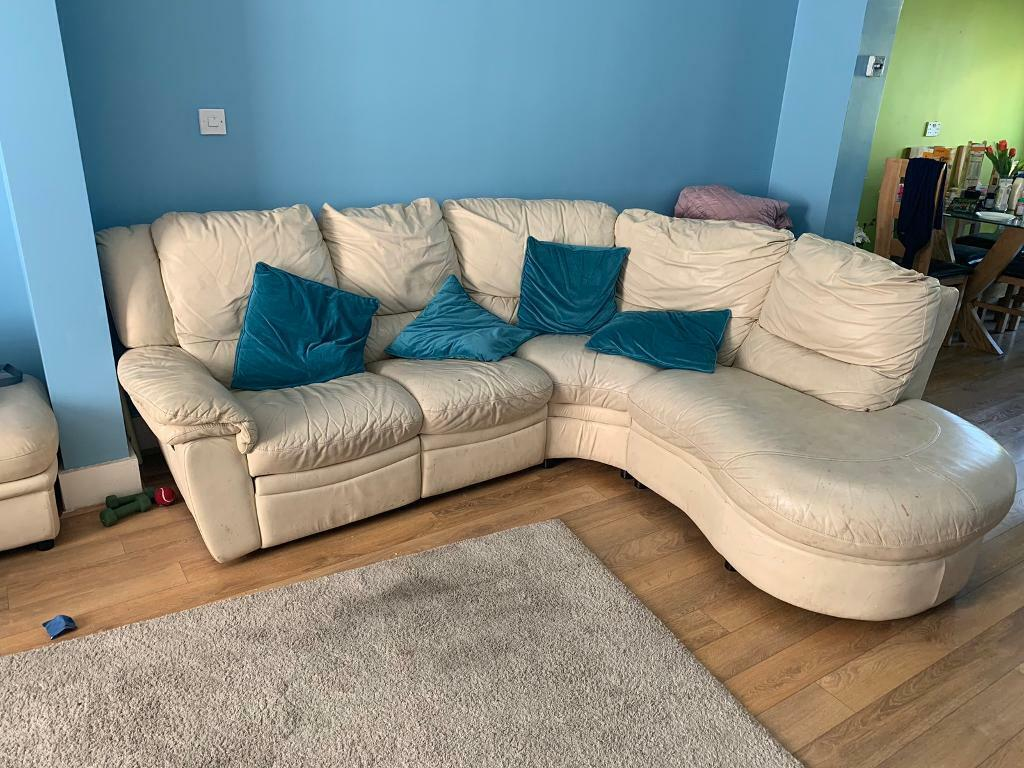 Leather Recliner Gumtree Glasgow Leather Corner Sofa With 1 Seat Recliner In Redbridge