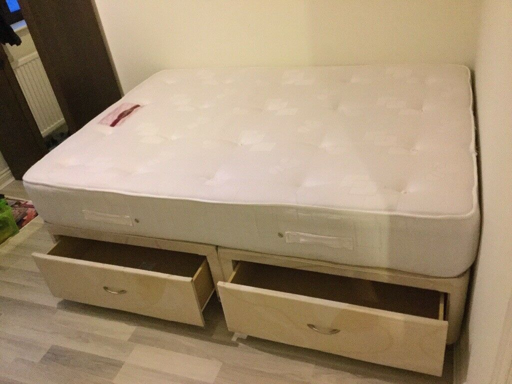 Double Bed With Drawers Double Divan Bed With 4 Drawers 43 Firm Mattress In