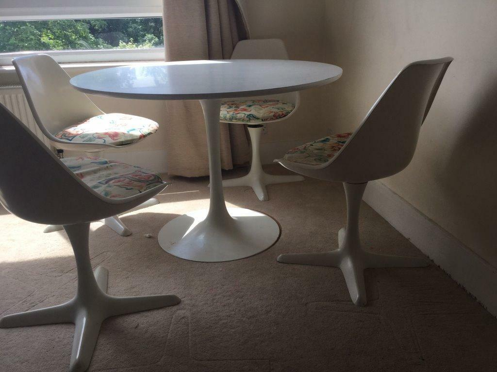 Beautiful Table And Chairs Beautiful Retro White Dining Round Table And 4 Chairs In