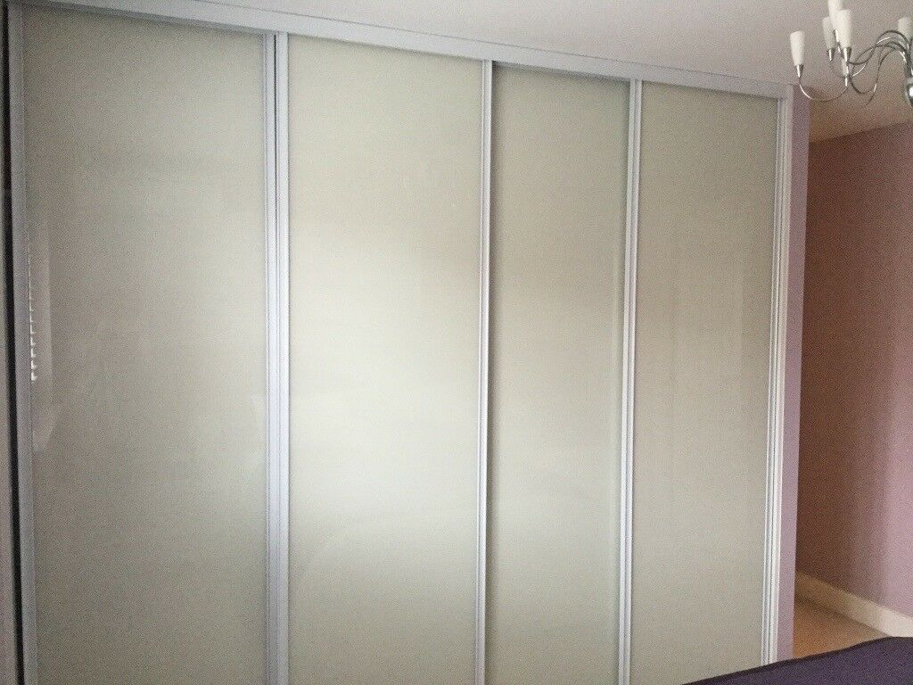 4 Sliding Wardrobes Doors Tracking Unit Hanging Rail And
