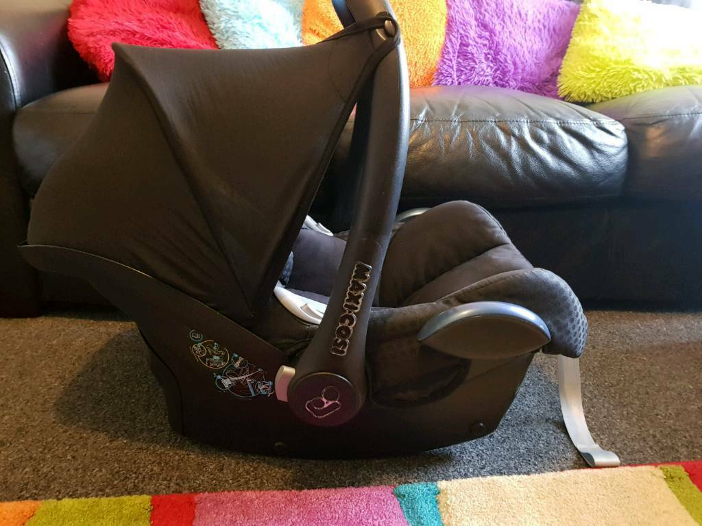 Maxi Cosi Car Seat Head Hugger Maxi Cosy Baby Car Seat In Sunderland Tyne And Wear