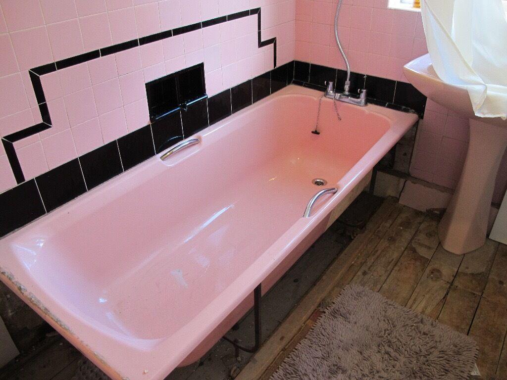 Pink bathroom suite large pedestal sink bath and toilet bowl cistern
