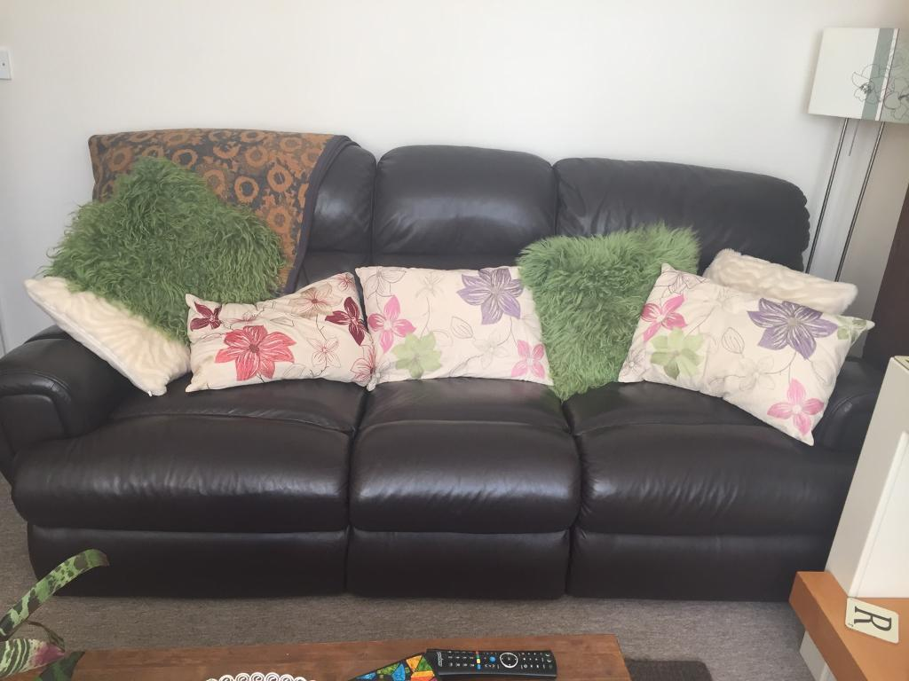 Leather Recliner Gumtree Glasgow Leather 3 Seater Electric Recliner Sofa In Ipswich