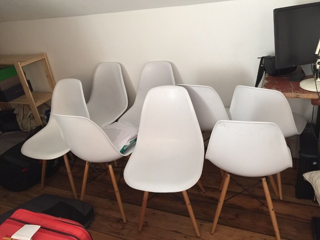 8 X Dining Chairs White Plastic Bucket Seat Wooden Legs
