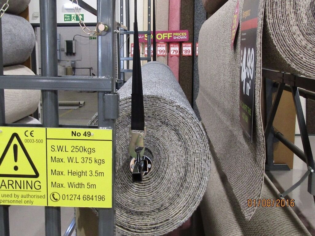 Carpet Roll Lifting Machine Enables 1 Person To Load
