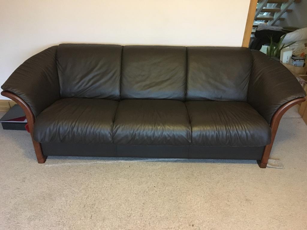 Stressless Sofa Leather Stressless Manhattan Leather Sofa In Kingskerswell