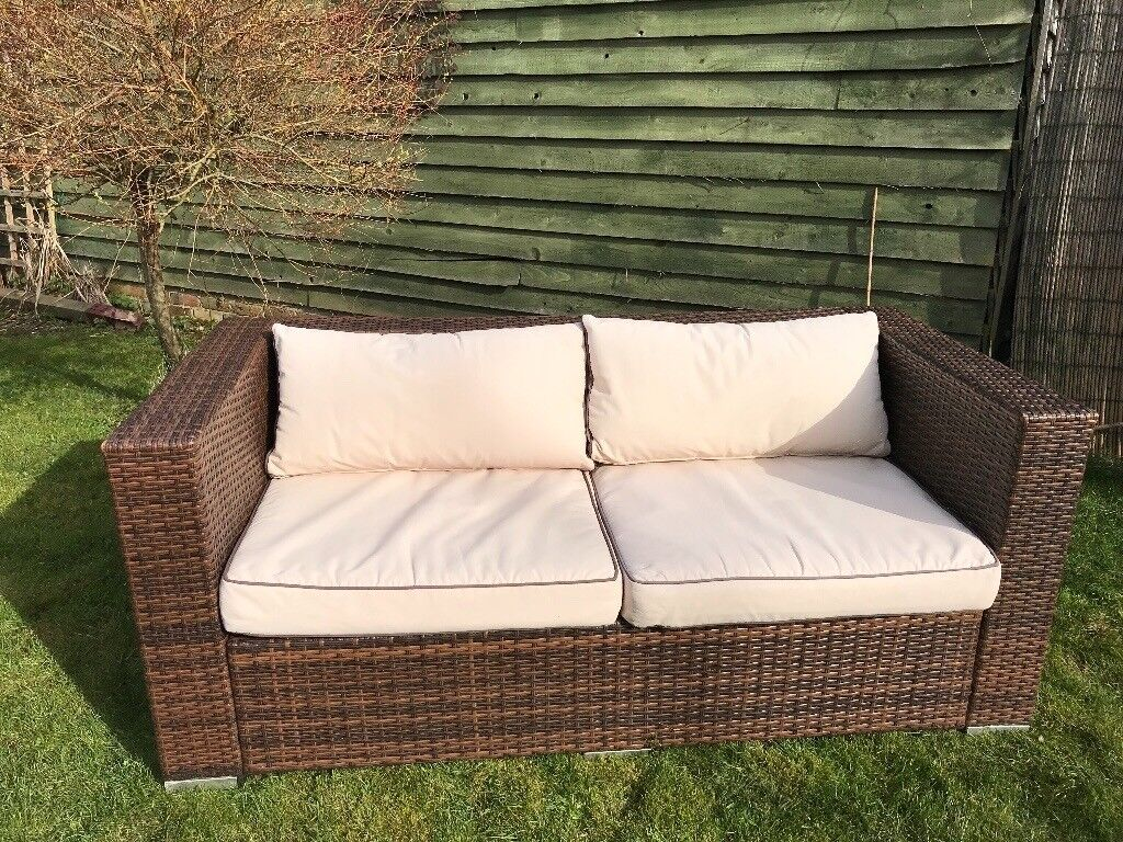 2 Seater Rattan Sofa Cushions Ascot 2 Seat Rattan Garden Sofa In Chocolate And Coffee