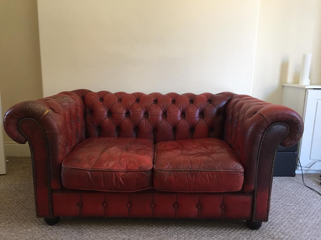 2 Seater Chesterfield Sofa Gumtree 2 Seater Deep Red Leather Chesterfield Sofa In Exeter