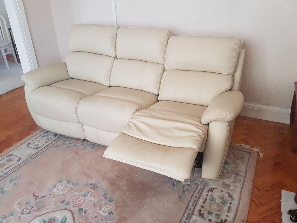 Leather Recliner Gumtree Glasgow Cream 3 Seater Leather Recliner Sofa In Barry Vale Of
