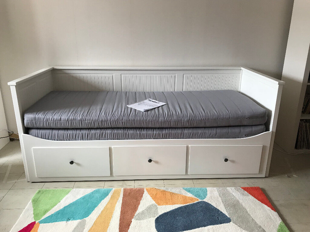 Hemnes Bed Instructions Ikea Hemnes Sofa Day Bed With 3 Drawers Hardly Used Single
