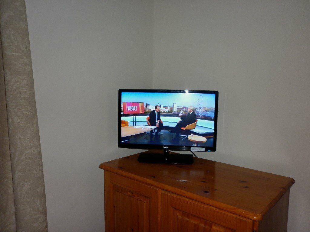 24 Im Tv Logik 24 Inch Tv In Beeston Nottinghamshire Gumtree