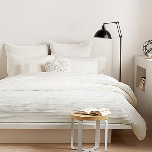 Dkny City Pleat White Full Queen Duvet Cover For Sale