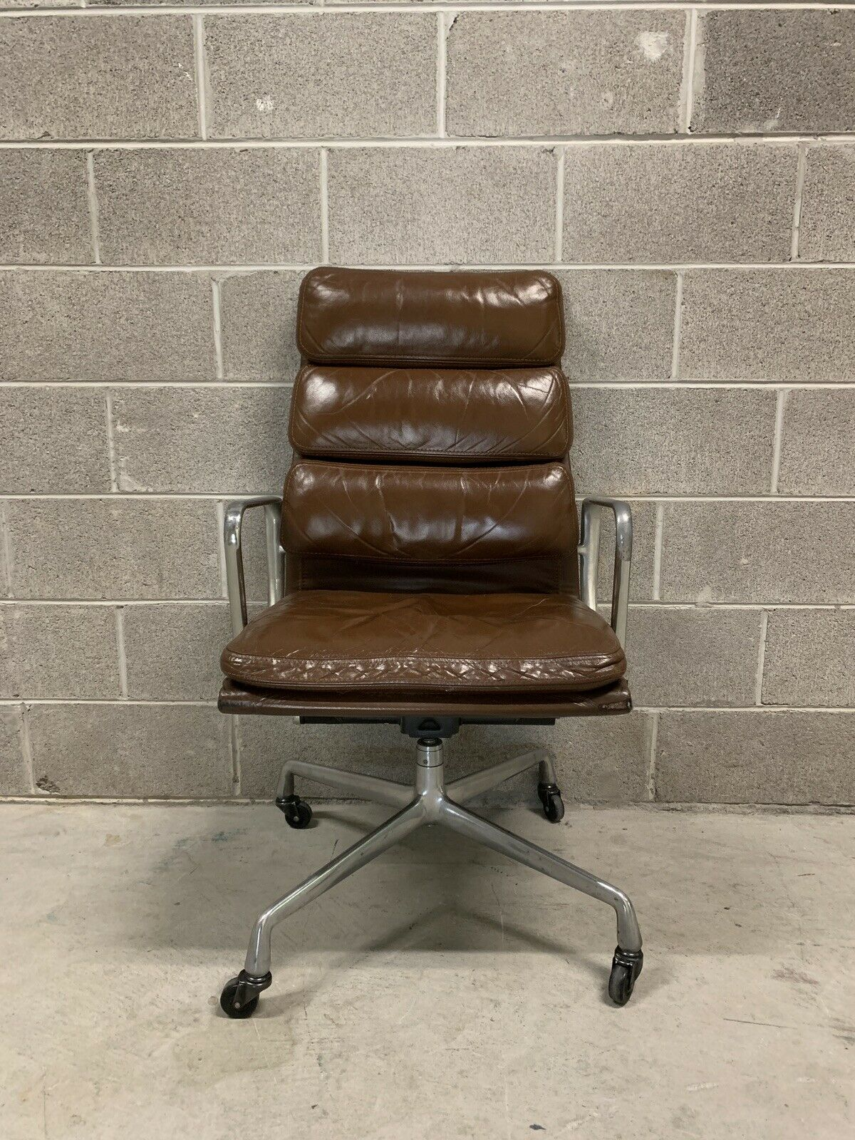 Eames Chair Herman Miller Ebay Eames Soft Pad Executive Chair High Back Brown Leather Herman Miller Mid Century