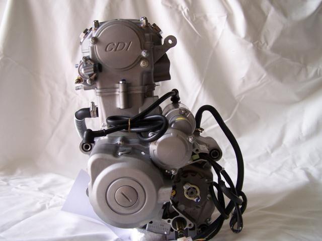 250cc Zongshen Z OHC Water Cooled Engine Motor Bike Motorbike